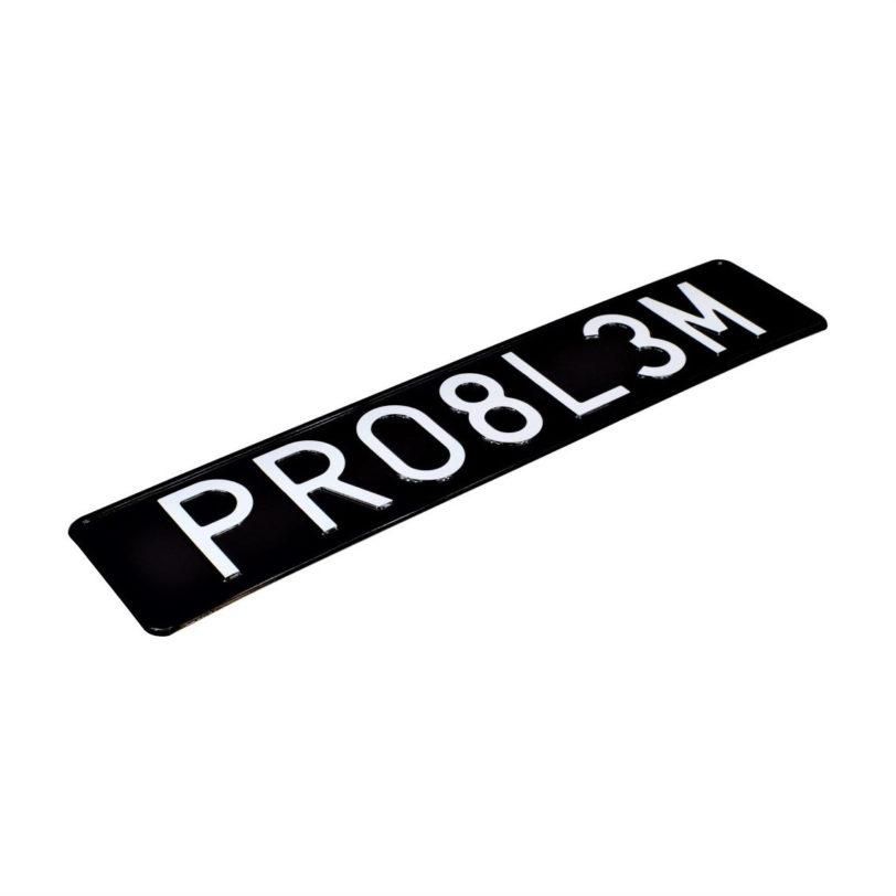 czarna tablica rejestracyjna PRO8L3M